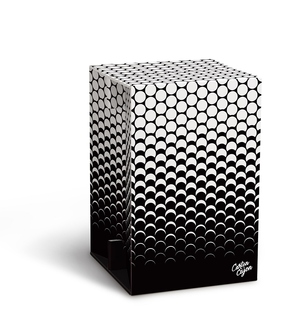 Carton Cajon - Black and White